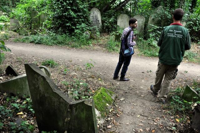 Ken shows us around Tower Hamlets Cemetery Park