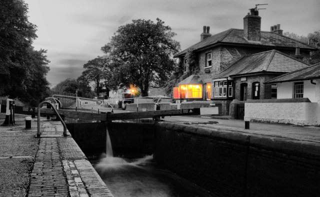 Bistro on Cowley Lock