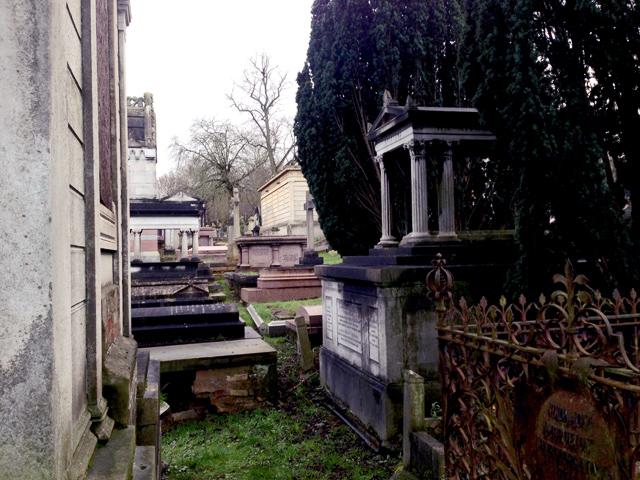 Tombs2