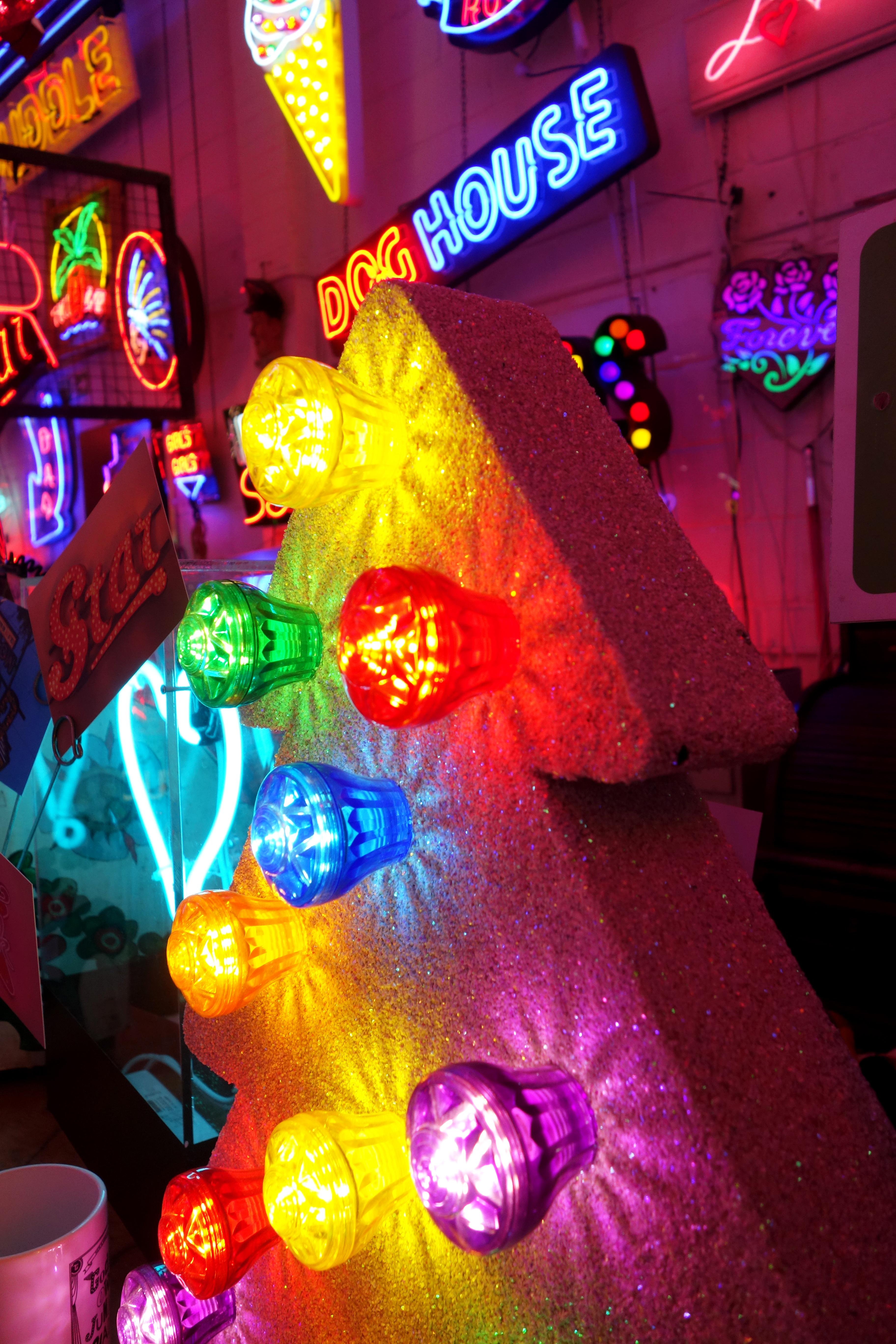 Neon Graveyard: God's Own Junkyard – Cemetery Club
