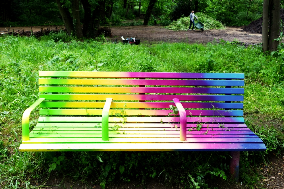 Tower Hamlets is full of art installation pieces from previous festivals. We ran across this colourful bench which made us happy!